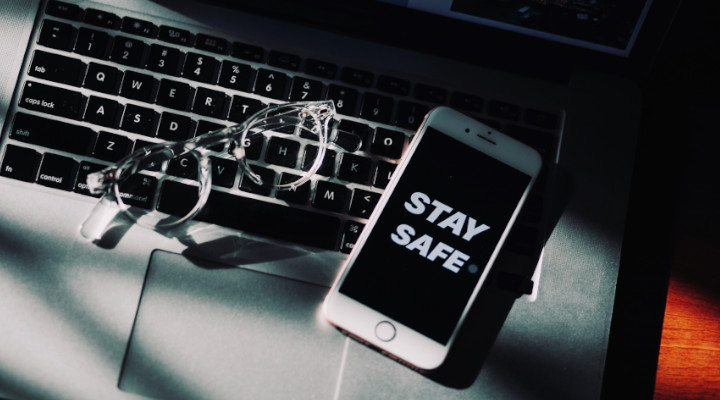 How to Say Safe When Selling & Buying Used Items Online